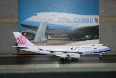 Dragon Wings 1:400 China Airlines Cargo Boeing 747-400F B-18720 (55989)