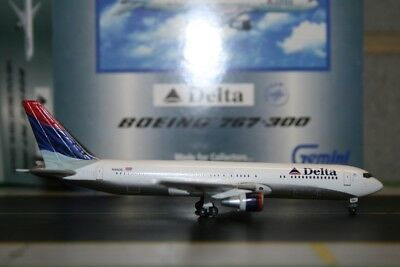Gemini Jets 1:400 Delta Airlines Boeing 767-300 N185DN GJDAL451 Model Air-Plane