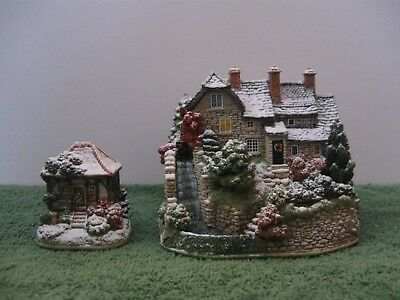 """Lilliput Lane L3057 """"THE WINTER WATER MILL"""" Snow Cottage - MIB with deed."""