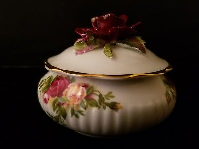 "1962 Vtg Royal Albert England Old Country Roses Trinket Vanity Box 3.25""L 2.5""h"