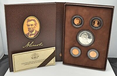 """""""Coin and Chronicles"""" 2009 Abraham Lincoln Commemorative Silver Dollar Proof Set"""