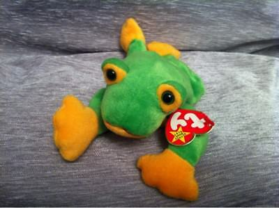 TY Beanie Babies Collections Smoochy The Frog  Stuffed Animal Plush Toy 1997.