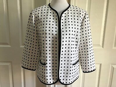 b07d692ea46626 K Studio Collection Women s White and Black 3 4 Sleeve Blazer   Jacket Size  14