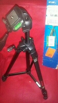 Bosch BT150 Compact Extendable Tripod With Adjustable Legs *New Damaged Box*