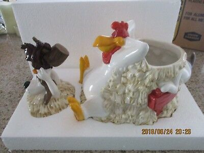 1996 Foghorn Leghorn Charlie Dog Henery Hawk Cookie Jar Original box