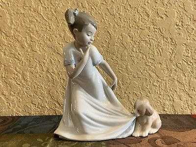 Nao/lladro Let Me Go Girl With Dog Hand Made Porcelain Figurine #1434