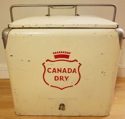 Canada Dry Cooler Vintage 1950s Progress Refrigerator Co with the rare Top Tray