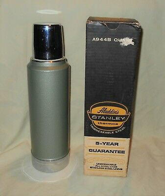 Vintage 1970 Aladdin's Stanley 1 Qt Steel Insulated Thermos Bottle A944B w/ Box