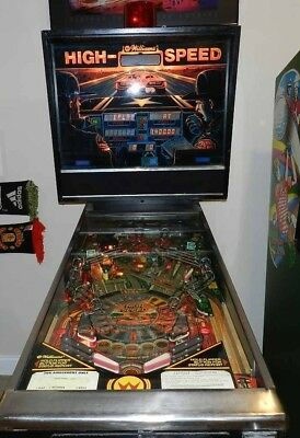1986 Williams High Speed Pinball Machine with a few Issues