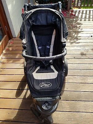 Baby jogger city elite pram black excellent condition extras included