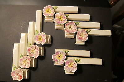 Ten Knife Rests in China with Decerative Flowers