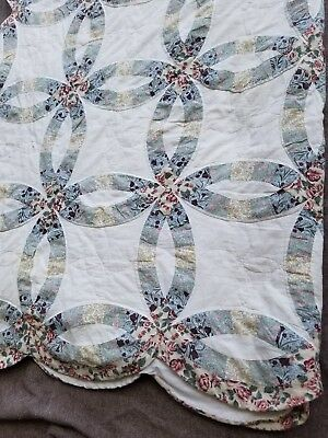 """Hand Quilted Bedspread vintage ring  ivory floralScalloped  96""""x70"""" approx."""
