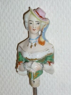 Ancienne Demi Figurine Half Doll Teepuppe Buste Porcelaine  9,5 Cm Pin Cushion