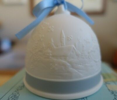 LLADRO 1993 PORCELAIN CHRISTMAS BELL # 16010  Mint in Box