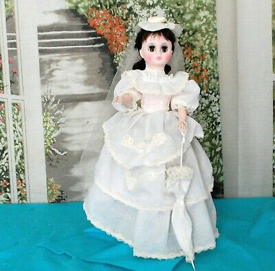 """Antique Style Victorian Bustle Doll White Dress w/train Gibson Lady 18"""" Bride"""