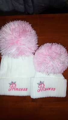 Baby Girls  Large Pom Knitted Sparkle Bobble Hat Nb To 3 Months  3 To 12 Months