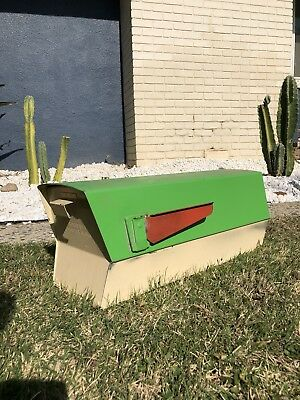 Black Leigh Building Products Metal Mid Century Modern MCM Mailbox Atomic