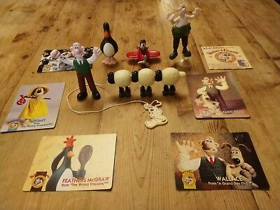 Collectible Wallace & Gromit KFC Kids Meal 5 Toys Used