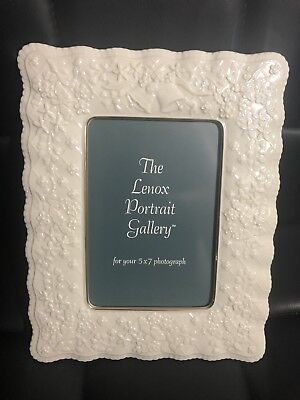 Lenox Fine China Promises Wedding Picture Frame 8 x 10 Vintage New