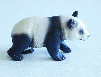 2001 Schleich Panda Bear Figurine- with tags