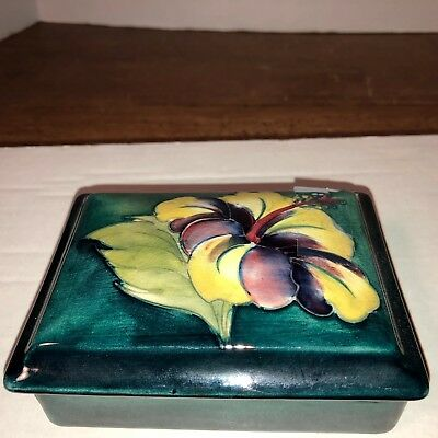 Moorcroft, Vintage Hibiscus Trinket Box, circa 1940, Made in England.