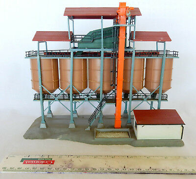 For Model Train Collectors...silo Type Biulding...made By Kibri