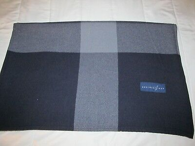 vintage CONTINENTAL AIRLINES Business FIRST blanket travel couch throw Horsfall