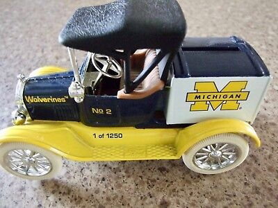 ERTL Die-Cast 1918 Ford Runabout Michigan Wolverines Bank (1 of 1250)