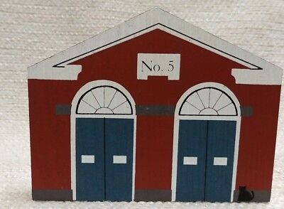 Cat's Meow  Village 1985 Connecticut Ave Firehouse Signed Wood Pine 180163