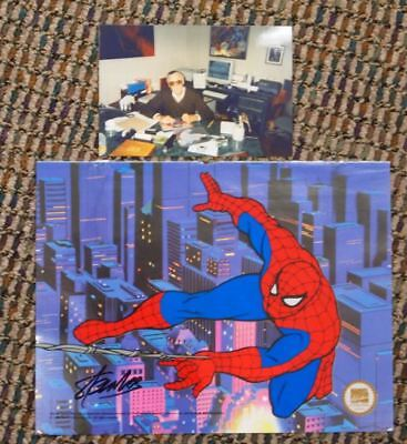 HAND-SIGNED STAN LEE Spiderman Spider Man Sericel w/ PHOTO OF SIGNING Marvel