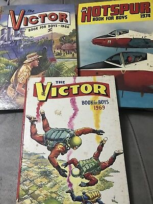 THE VICTOR BOOK FOR BOYS 1969 -  Good Condition - vintage - Christmas Annual
