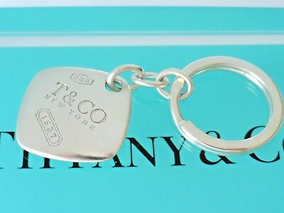 afeb44353 VINTAGE TIFFANY & Co. Silver Double Puffy Heart Tag Key Ring Screw ...
