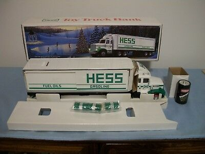 1987 Hess Toy Truck Bank Original Box Complete With Barrels And Original Battery
