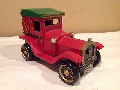 Vintage Wooden Old Time Christmas Car Music Box