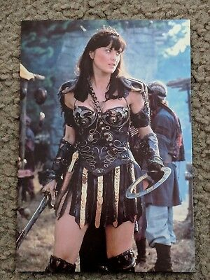 Hercules - Xena In Original Leathers With Sword & Chakram Genuine 4x6 Postcard