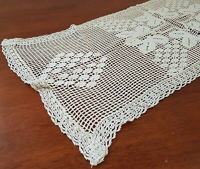 Vintage early 20th Century CREAM FILET CROCHET Rectangle TABLE CENTRE RUNNER