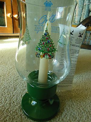 Avon Christmas Traditions Glassware Hurricane Lamp With Candle