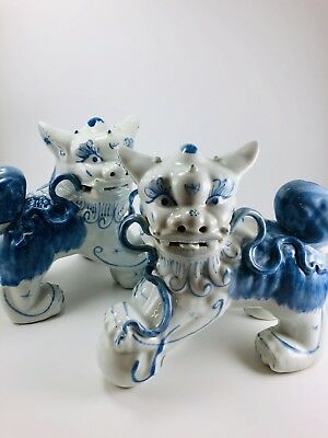"""Pair Foo Dog Lions Blue & White Chinese Porcelain Statue Figure 8-1/2"""""""