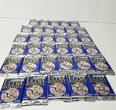 1991 Fleer '91 Ultra Baseball Card Packs: LOT 34 VTG Ultra Baseball Sealed Packs