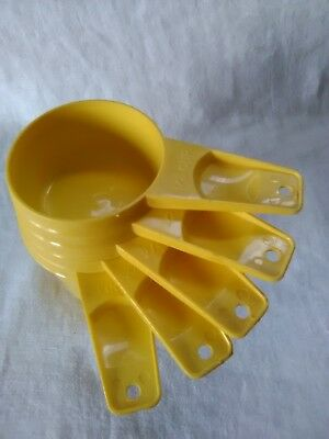 Vintage Harvest Gold Yellow Tupperware Measuring Cups