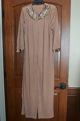 d8bbb98d35 True Vintage Lingerie Robe Medium Lorraine Brown Embroidered Ivory Long Sexy