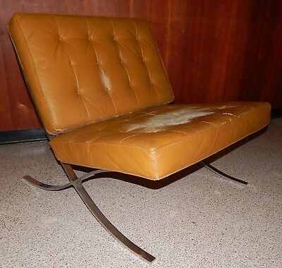 Vintage Industria Argentina Mid Century Barcelona Style Distressed Leather Chair