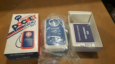 NOS Vintage SOUNDESIGN POCKET RADIO, Transistor Blue & White Model 1177 W/Box,