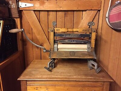 Antique Hand Crank American Wringer Wooden Wood Sewing Machine 1800s Royal OLD