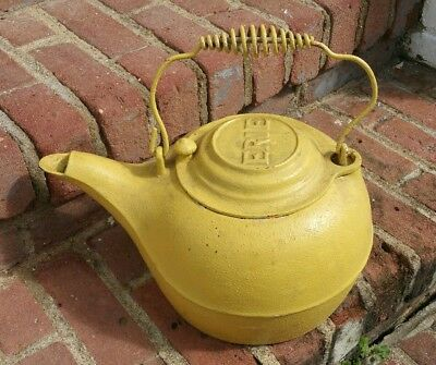 Antique Use Erie Ware The Best Cast Iron Tea Kettle Pre Griswold Folk Display!!!