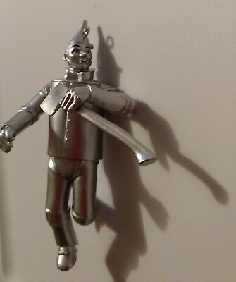 Hallmark Keepsake Ornament The Tin Man from The Wizard Of Oz