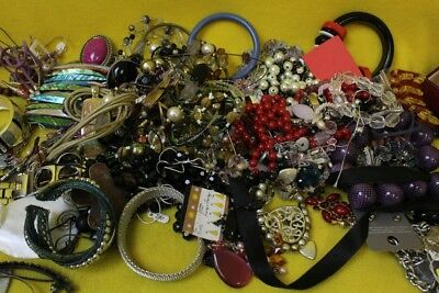 Job lot of vintage/retro jewelry,1.65 KG ASSORTMENT ## OAF 39 EP