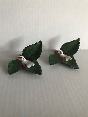 Lot Of 2 Hand Painted Herend hen green leaf place card holder