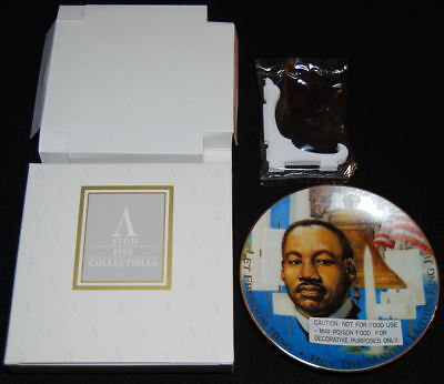 """1995 Avon Dr. Martin Luther King Jr. 5"""" Porcelain Collector Plate - Mint In Box"""