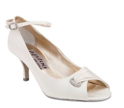 Alan Pinkus Diak 2 Vanilla Satin shoes, size 10, worn once! Originally $199